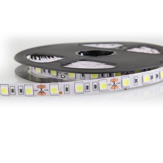 Üç Çip 60 LED'li İç Mekan Şerit LED